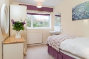 <h5>Single Bedroom (Downstairs)</h5>
